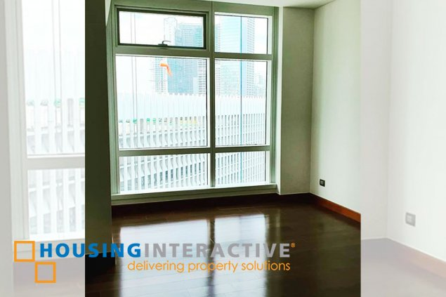 Unfurnished 3-Bedroom Unit in The Two Roxas Triangle