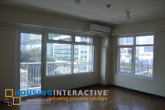Spacious 2 bedroom unit at the One Serendra, BGC, for rent