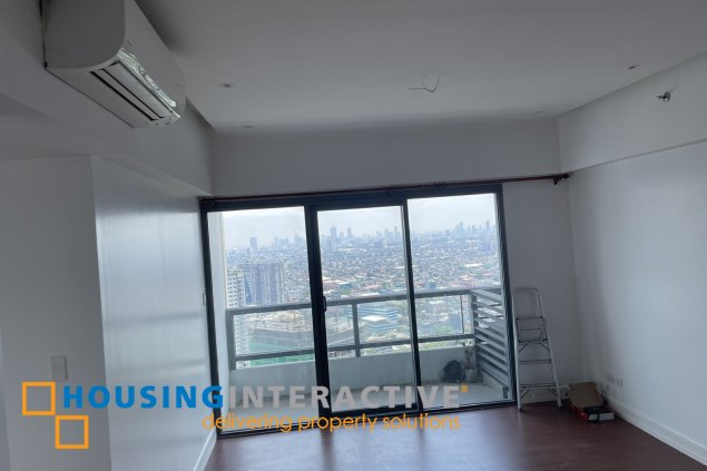 SEMI FURNISHED 2-BEDROOM UNIT FOR SALE IN SHANG SALCEDO PLACE