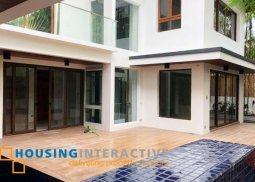 Unfurnished 5Bedroom house for lsae in Muntinlupa City