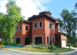 Bare 4-Bedroom Italian-style House for Sale in Portofino Heights