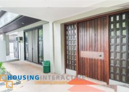 BARE 4-BEDROOM BUNGALOW HOUSE FOR RENT IN DASMARIÑAS VILLAGE