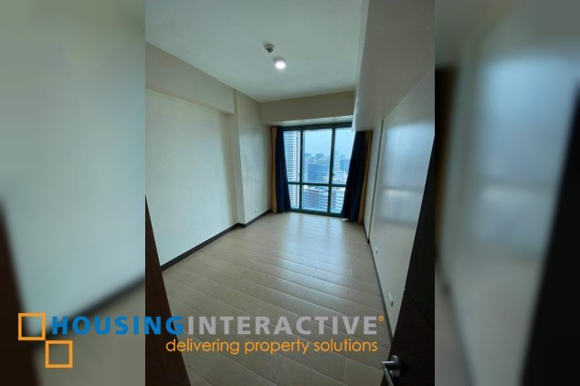 Unfurnished 3BR Unit for rent at 8 Forbestown Road BGC