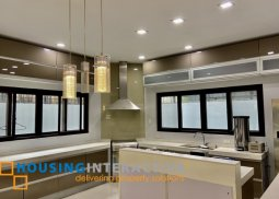 BARE 4-BEDROOM HOUSE FOR RENT IN SAN LORENZO VILLAGE MAKATI