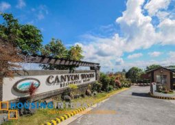 LOT FOR SALE IN CANYON WOODS