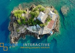 LUXURIOUS PRIVATE ISLAND WITH 5-BEDROOM HOUSE FOR SALE IN BATANGAS