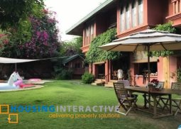 SCINTILLATING FULLY FURNISHED 2-STOREY, 6-BEDROOM BEACH HOUSE FOR SALE IN CALATAGAN