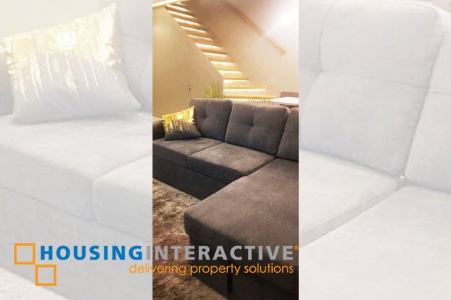 FULLY FURNISHED 3-BEDROOM PENTHOUSE WITH BALCONY IN A. VENUE RESIDENCES
