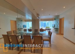 FULLY FURNISHED 3-BEDROOM UNIT FOR SALE IN TWO SERENDRA