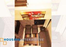 FULLY FURNISHED 2-BEDROOM LOFT UNIT FOR RENT IN FORT RESIDENCES