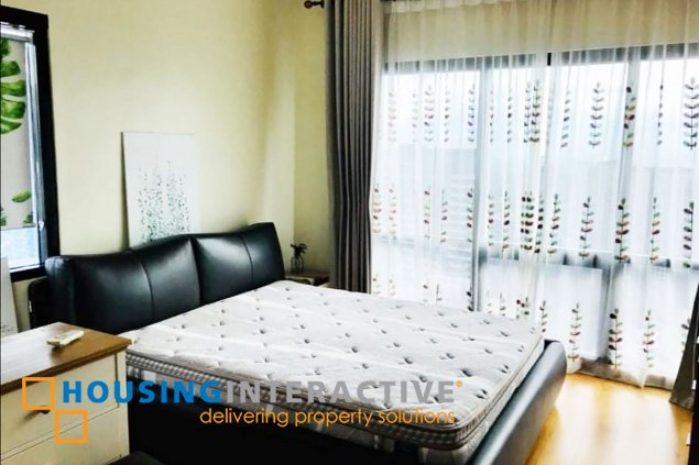 FULLY FURNISHED 3-BEDROOM UNIT WITH BALCONY FOR SALE/RENT IN ICON PLAZA