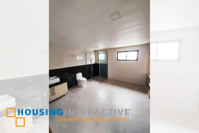 SPACIOUS 2-STOREY, 4-BEDROOM STAFF HOUSE FOR RENT IN MULTINATIONAL VILLAGE