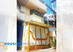 FULLY FURNISHED 3-STOREY, 3-BEDROOM TOWNHOUSE WITH ROOF DECK FOR SALE IN MANILA