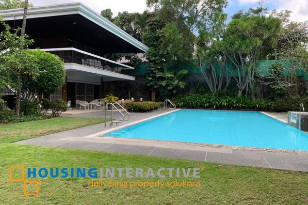 GRAND HOUSE FOR SALE IN SOUTH FORBES PARK