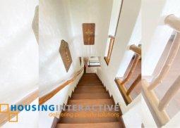 FULLY FURNISHED 3-BEDROOM VILLA FOR SALE IN TAGAYTAY HIGHLANDS