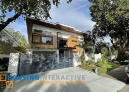 LUXURIOUS 2-STOREY, 5-BEDROOM HOUSE WITH POOL FOR SALE IN AYALA ALABANG VILLAGE