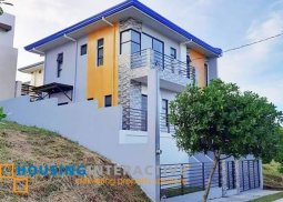 MODERN 2-STOREY, 4-BEDROOM HOUSE WITH BALCONY FOR SALE IN AVIDA PARKWAY