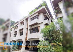 MODERN 3-STOREY, 3-BEDROOM TOWNHOUSE WITH ROOF DECK FOR SALE IN NEW MANILA