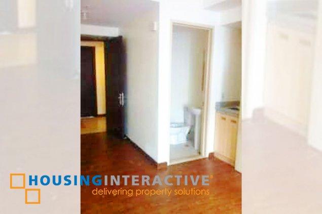 Studio Unit for Sale at The Capital Towers, Quezon City