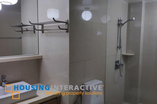 FULLY FURNISHED 1-BEDROOM UNIT FOR SALE/RENT IN ONE SHANGRI-LA PLACE