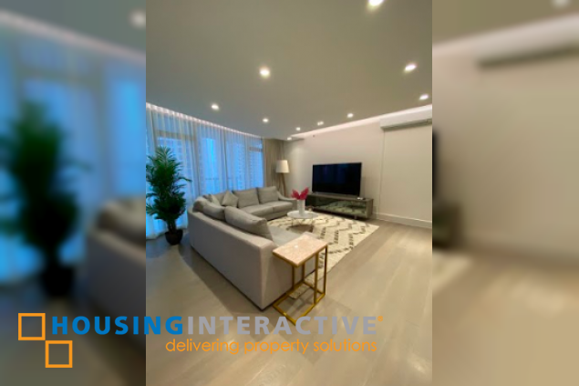 FULLY FURNISHED 3-BEDROOM UNIT WITH BALCONY FOR RENT IN PROSCENIUM