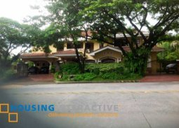 Semi furnished  6 Bedroom house and lot for sale at Muntinlupa City