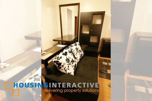 COZY FULLY FURNISHED STUDIO UNIT WITH BALCONY FOR RENT IN THE PASEO PARKVIEW SUITES