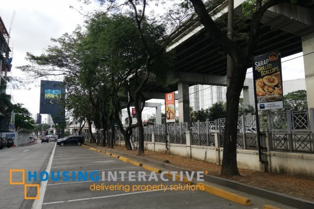 Building for lease in Makati City