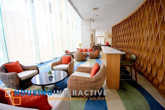 Newly Renovated 2br condo unit for rent at The St. Francis Shangri la Place Mandaluyong