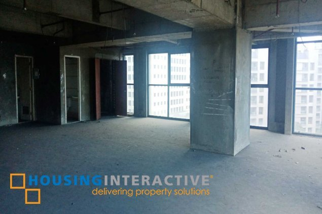 Bare shell office space for lease in Ortigas