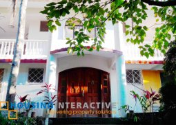 Residential Villa on commercial Lot for Sale