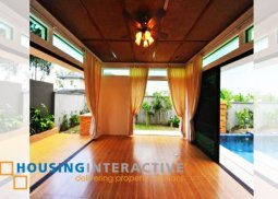 Luxurious house for sale at Las Piñas