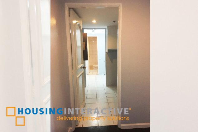 Unfurnished 2 br unit for sale in Renaissance Tower