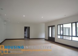 Luxurious 5 bedroom House and Lot for Rent at the South Forbes, Makati